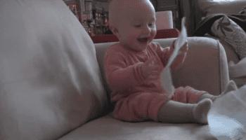 90 000 000 просмотров: малыш рассмешил весь мир. Сама смеялась до слез!