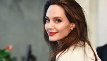 В сети показали дорогой особняк Анджелины Джоли